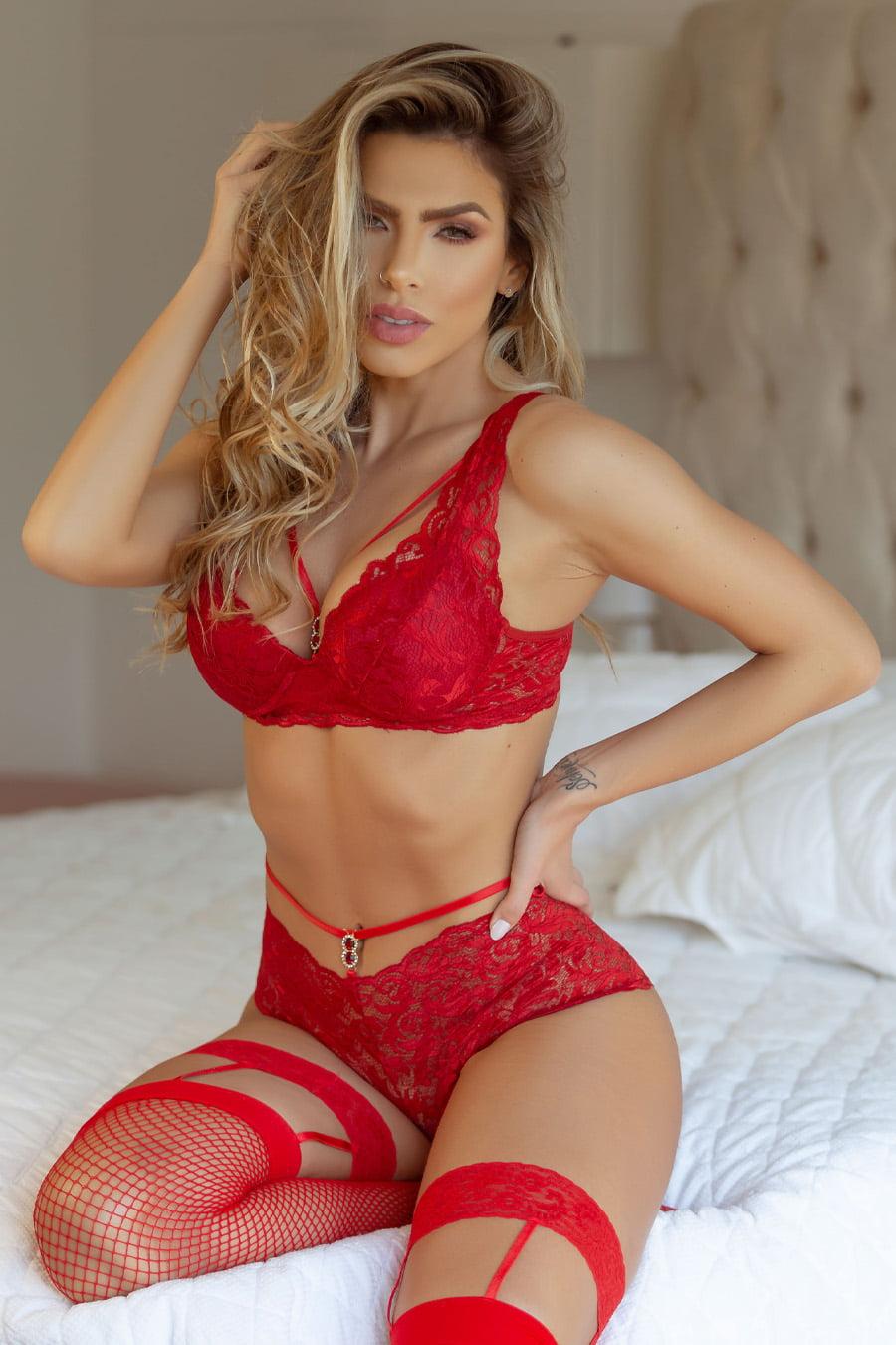 Look completo conjunto Strappy vermelho com bojo + Meia 7/8