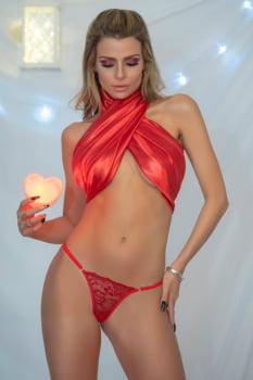 Calcinha fio dental vermelha com pingente atrás - Yaffa