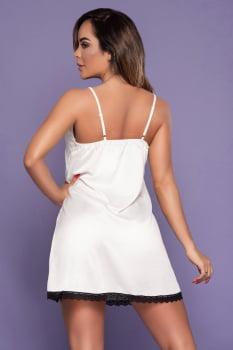 Camisola branca em cetim com fenda lateral