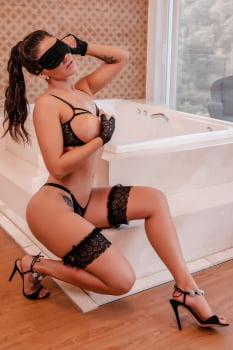 Conjunto Sexy em renda preta + Venda + Luvas + Persex