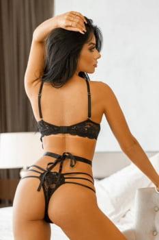 Lingerie conjunto-body em renda preta com sutiã de aro inteiro com venda