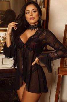 Robe seduction preto em tule e renda